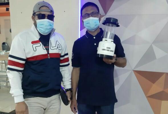 Lampu Air Garam Multiguna Rambah Pasar Nasional