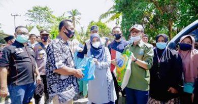 Istri Gubernur antar Langsung Bantu Logistik bagi Warga Terdampak Banjir Aceh Tamiang