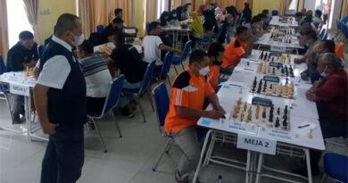 12 Kabupaten/Kota Loloskan Atlet Catur ke PORA
